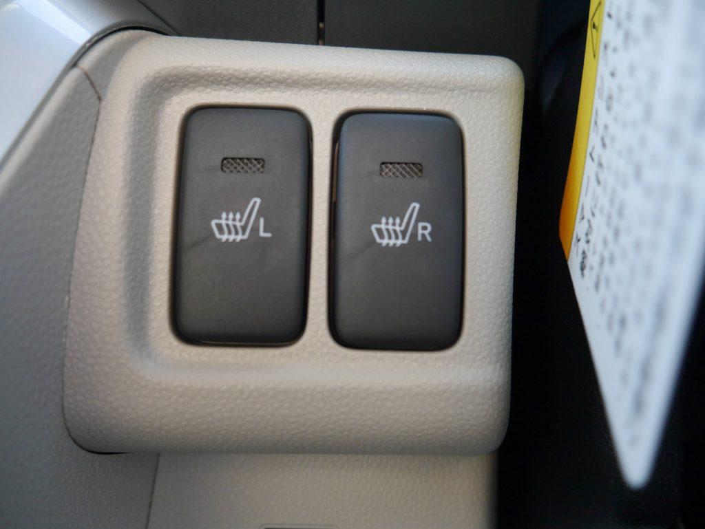 ■前席シートヒーター