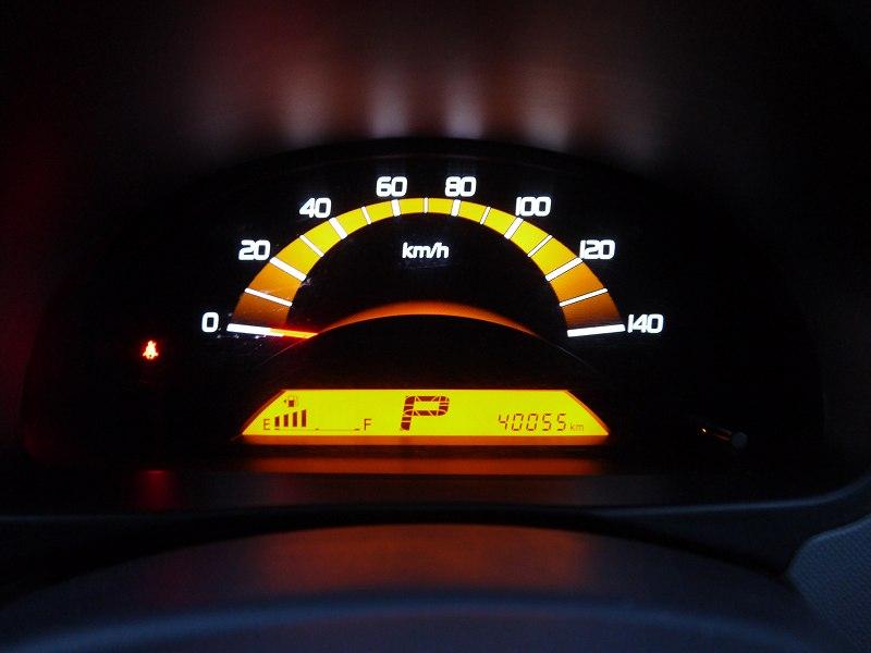 ■走行距離は撮影時点で40,055km! 走行距離5万km以下のおクルマです♪