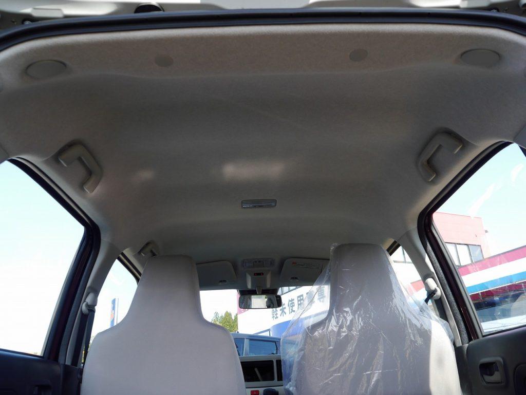 ■内装。未使用車のため車内もキレイな状態です♪
