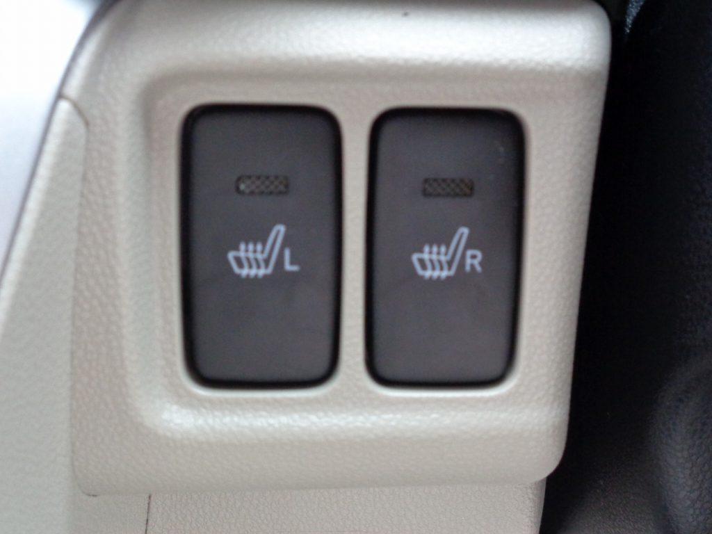 ■運転席&助手席シートヒーター