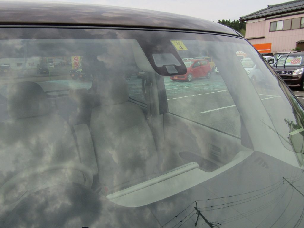 ■日産の安全運転支援装備 エマージェンシーブレーキ搭載のおクルマです