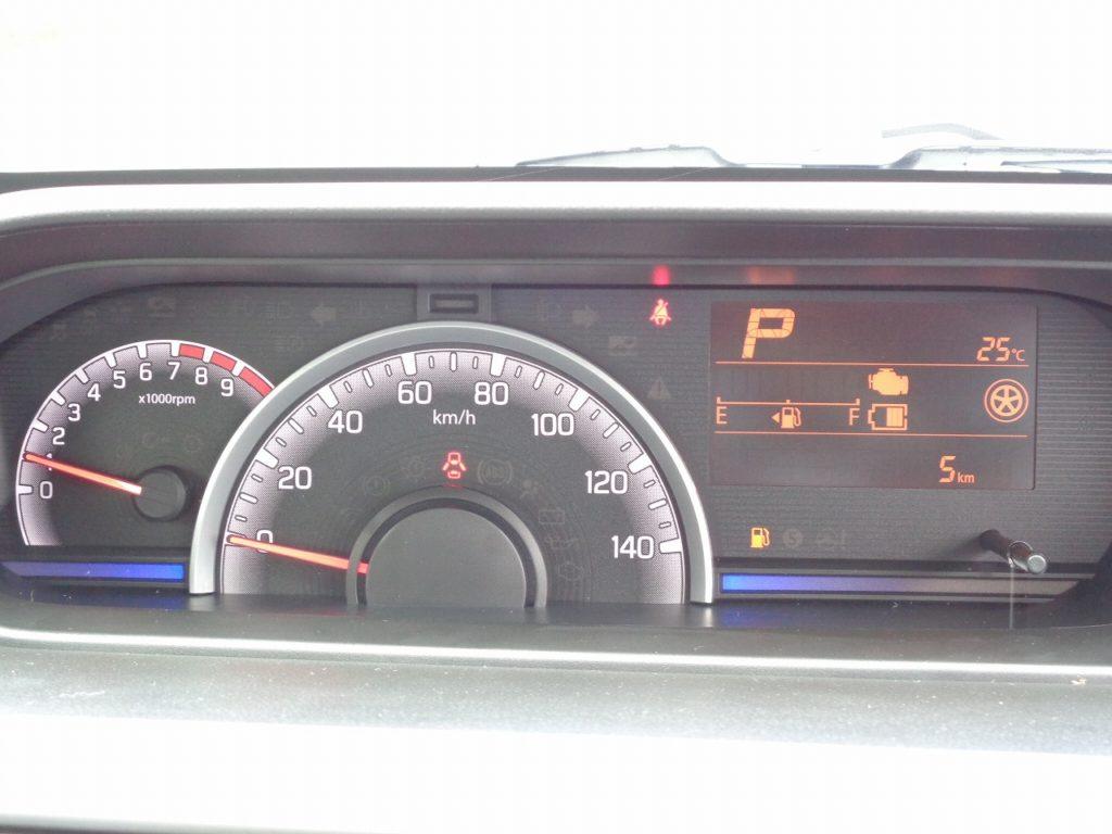 ■走行距離は撮影時点で5km!ほとんど走っていない届出未使用車のおクルマです♪