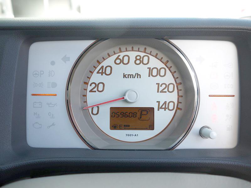 ■走行距離は撮影時点で59,608kmのおクルマです